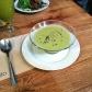 Sopa fría de verduras, jengibre y leche de coco